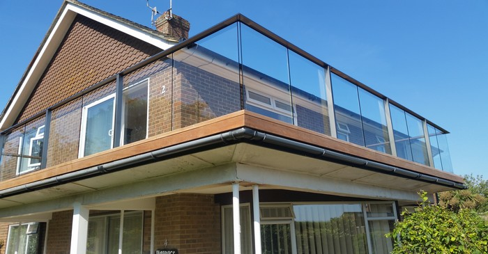 Structural glass balcony crowborough